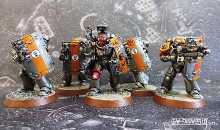 8 - Imperial Fists Breacher